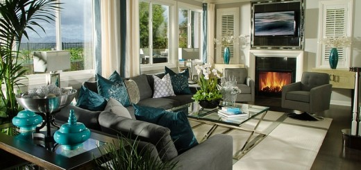 Exquisite-use-of-teal-accents-throughout-the-stunning-living-room