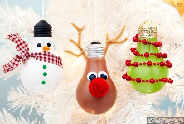 تزئین درخت کریسمس با لامپ